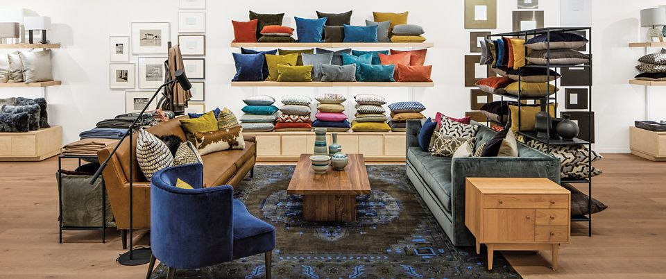 Room & Board Pasadena is a modern furniture store and design studio near Los Angeles, California.