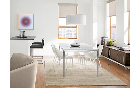 Portica Table with Hoop Chairs