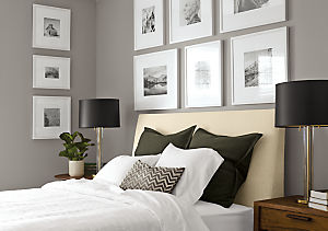 Bedroom with Profile frame with mat in white