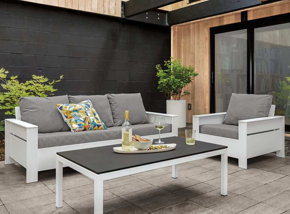 Detail of outdoor Rayo 75 inch sofa in white