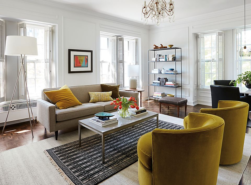 Reese Sofa With Otis Accent Chairs