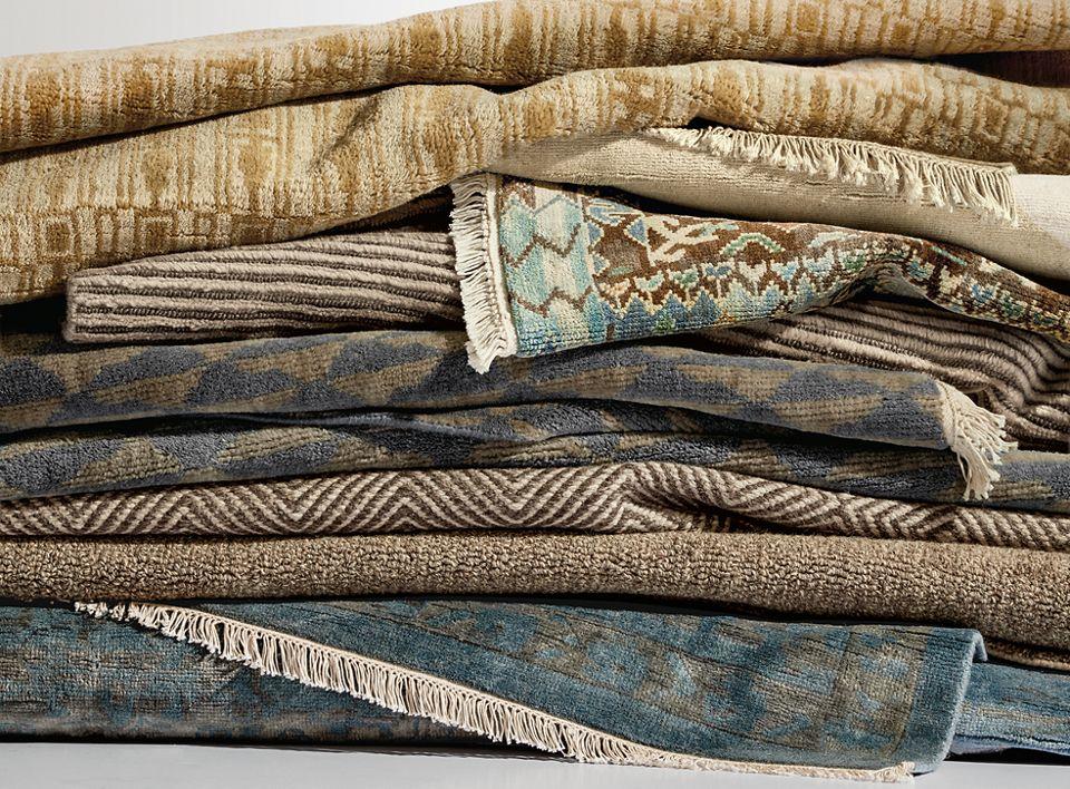"""Detail of 7'9"""" by 9'9"""" Sivas rug in Ocean"""