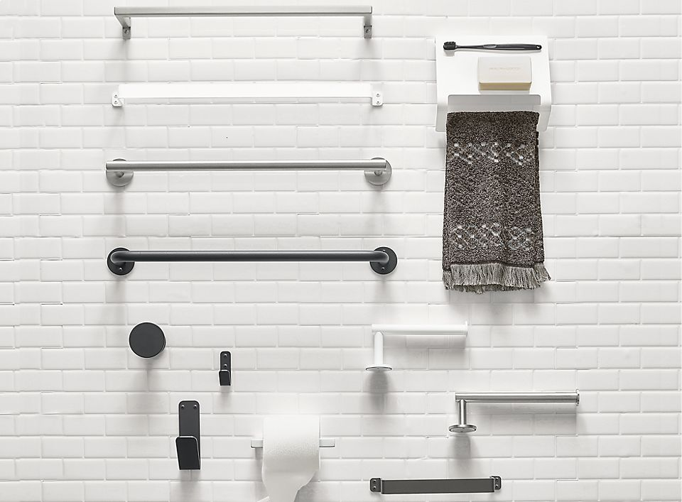 Detail of Slim 18w towel rack in stainless steel