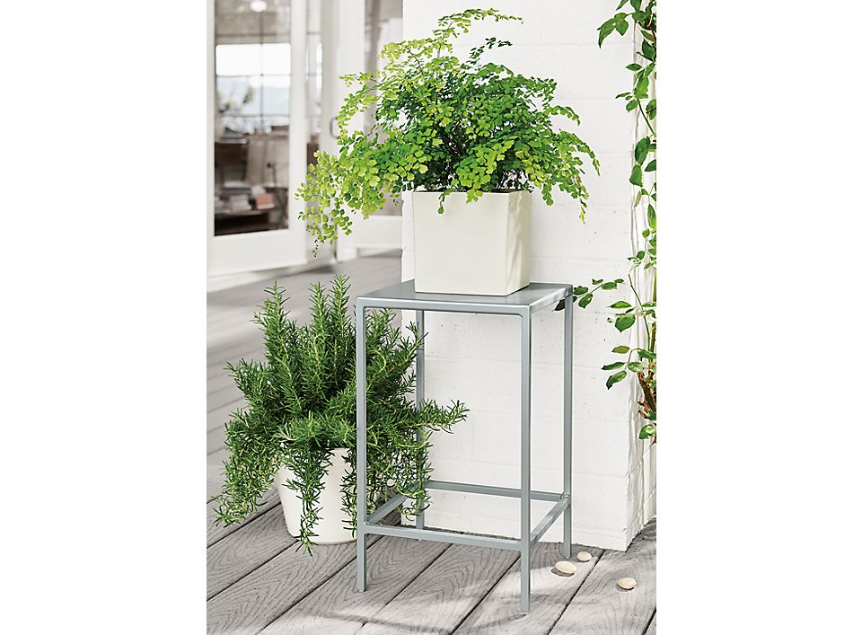 Detail of Slim outdoor end table in silver