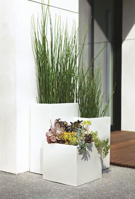 terrace planters in white modern outdoor furniture room board rh roomandboard com  room and board furrow planters