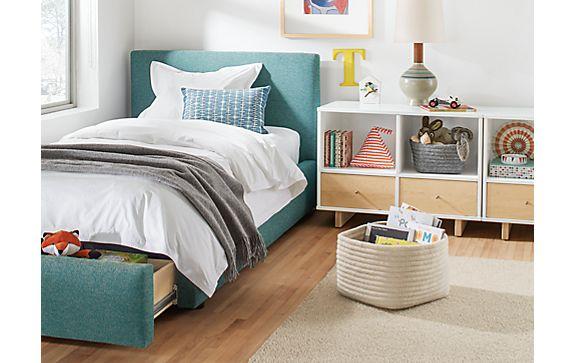 Wyatt Storage Bed with Moda Cubbies