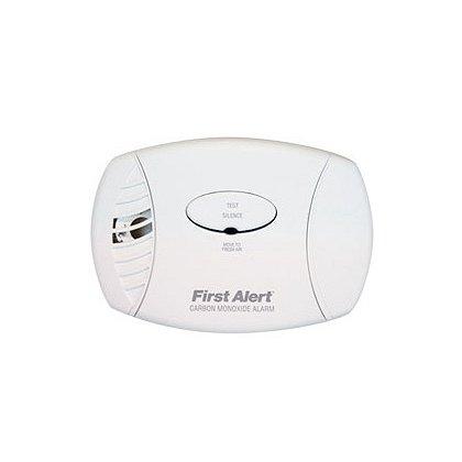 First Alert Plug In Carbon Monoxide Alarm with Battery Backup