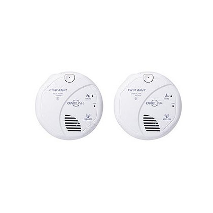 First Alert OneLink Wireless Battery Powered Smoke Detector with Voice & Location Feature, 2-Pack