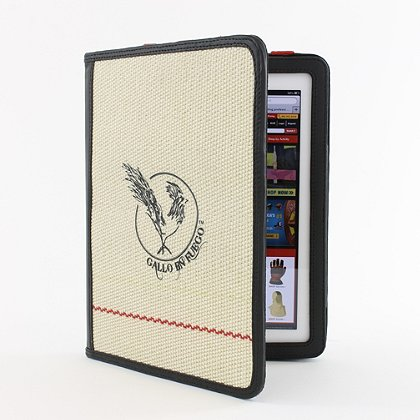 Gallo En Fuego Hose iPad Case