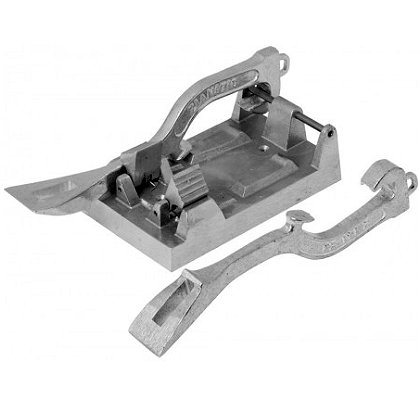 Zico Spanner Wrench Mounting Bracket with Wrenches